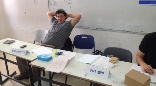 يوم الانتخابات: المستوطنون انتشروا في البلدات العربية بدعم من نتنياهو