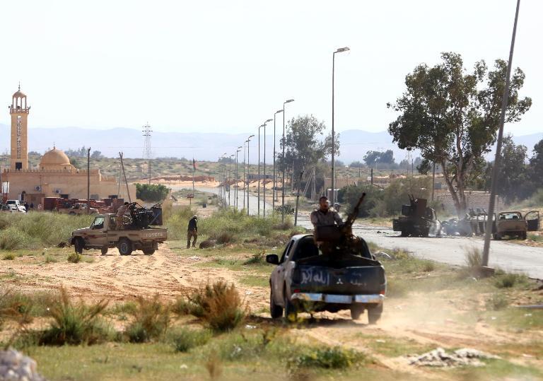 ليون يعلن تمديد المفاوضات بين اطرف النزاع في ليبيا