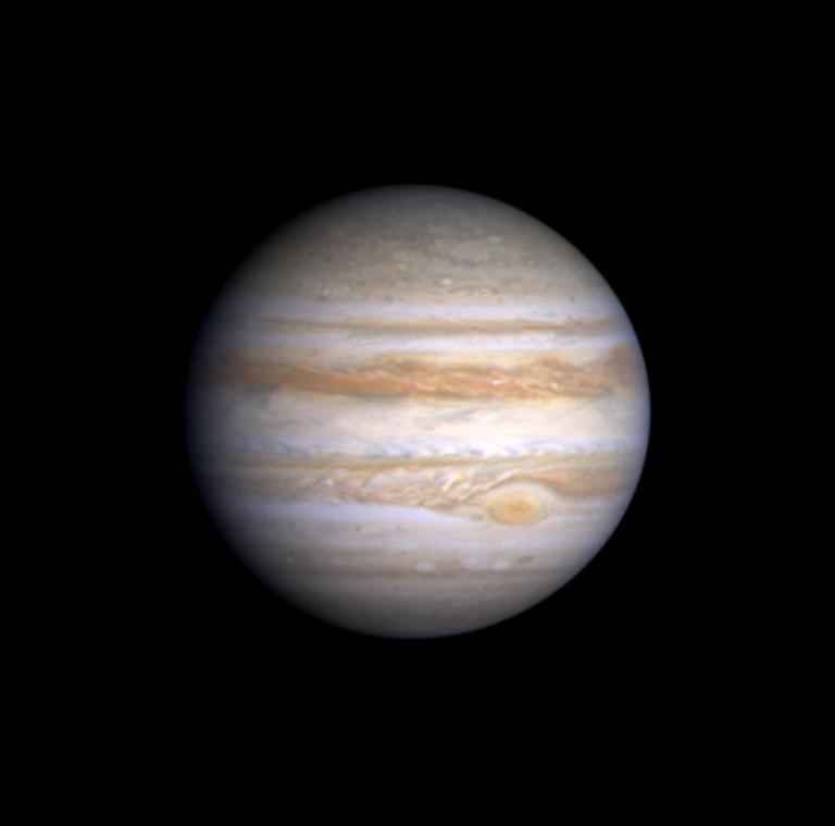 كوكب المشتري جعل المجموعة الشمسية فريدة من نوعها