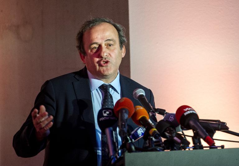 بلاتيني لولاية ثالثة في رئاسة الاتحاد الأوروبي لكرة القدم