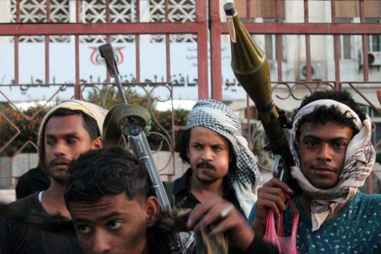 اليمن: اللجان الشعبية تعلن حظر التجول في عدن