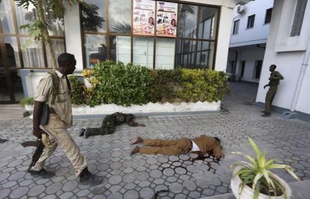 مقديشو: مقتل 15 وإصابة 20 في هجوم على فندق
