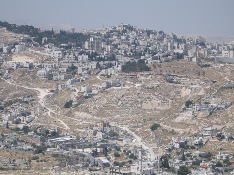 القدس: المصادقة على بناء 2500 وحدة سكنية في عرب السواحرة