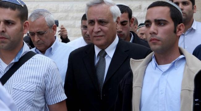 الرئيس الإسرائيلي الأسبق يخرج من سجنه لإجازة 72 ساعة
