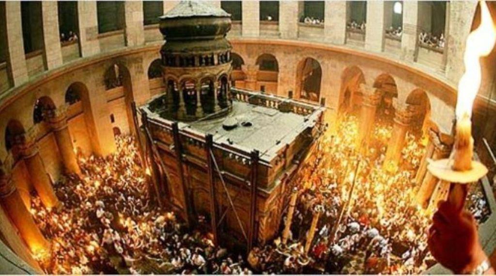 الطوائف المسيحية الغربية تحتفل اليوم بسبت النور