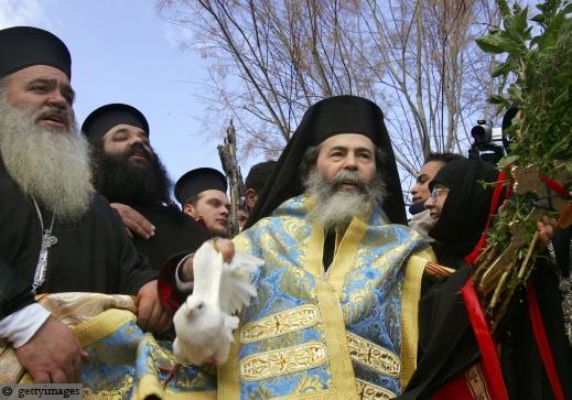 الناصرة: سجال حول زيارة ثيوفيلوس