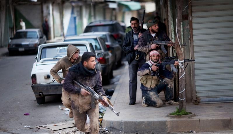 هنية يدعو لحقن دماء اللاجئين في اليرموك