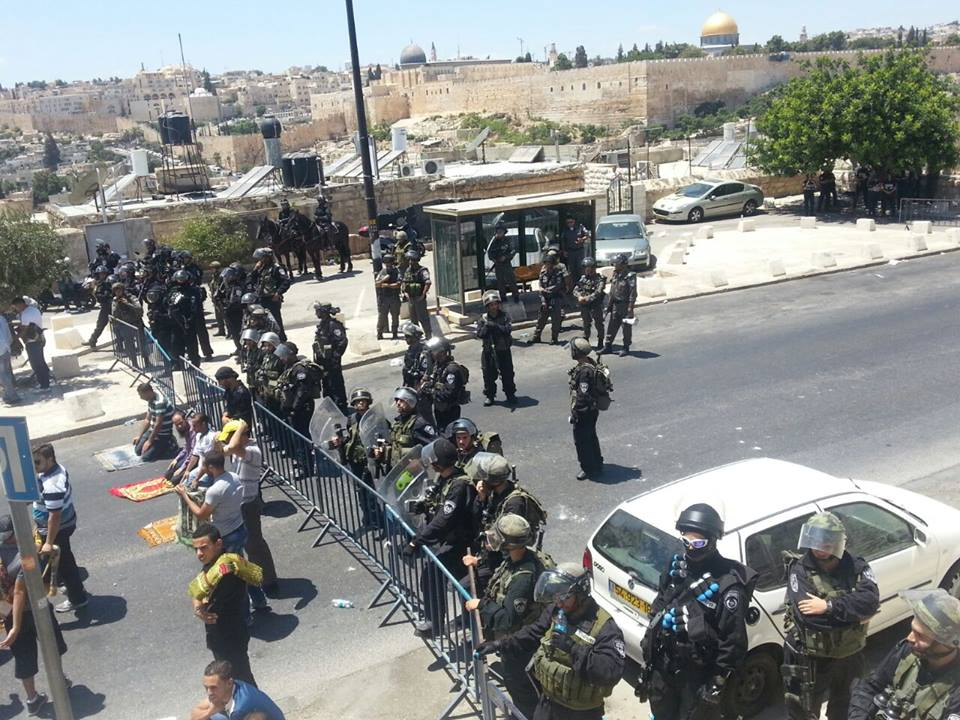طوق أمني على القدس القديمة وحصار للأقصى