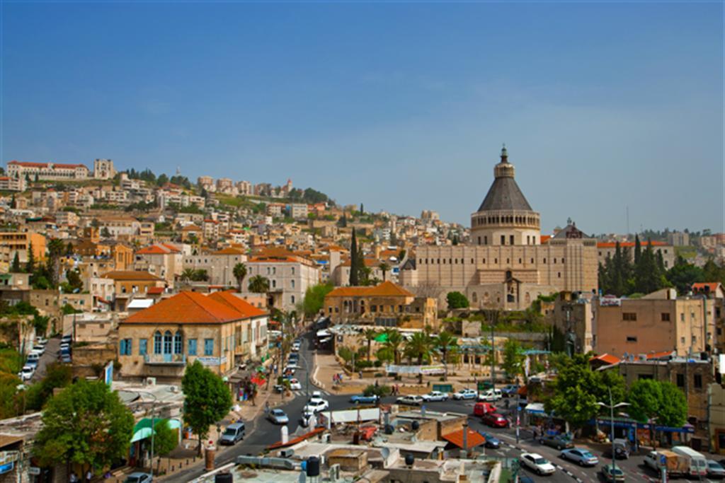 الناصرة تحتفل بالبشارة ودعوات لرفض استقبال البطريرك ثيوفيلوس