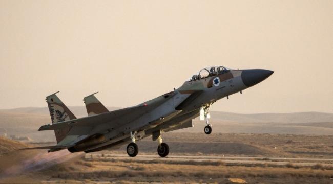 مصادر: طائرات إسرائيلية تقصف مواقع في منطقة القلمون