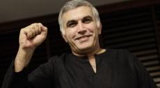 البحرين تمدد اعتقال ناشط حقوقي