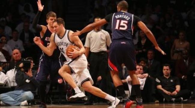 بوجدانوفيتش يقود نيتس لتعادل مثير مع هوكس بدوري السلة الأمريكي