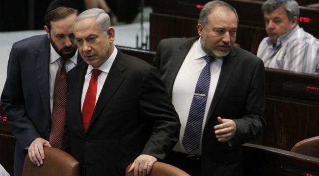 ليبرمان يؤكد تلقيه اقتراح حقيبة الأمن الوزارية