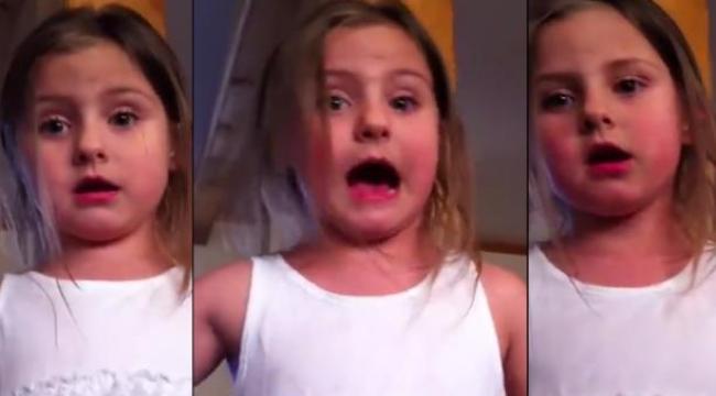 طفلة غاضبة تُثير انتباه مستخدمي مواقع التواصل