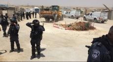 النقب: السلطات الإسرائيلية تهدم دوار الأسير بالزرنوق