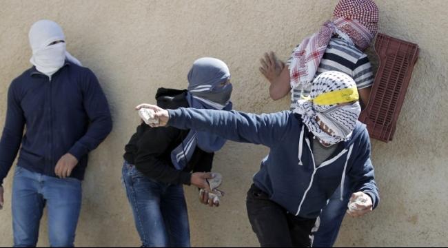 الحركة العالمية لـ «عرب 48»: قانون أطفال الحجارة استهتار بالقانون الدولي