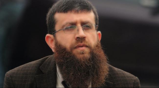 الأسير خضر عدنان يواصل إضرابه عن الطعام لليوم الـ25