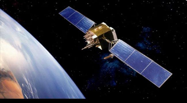 مركبة فضاء خاصة تفرد أشرعتها الشمسية