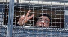 المحكمة تأمر أجهزة الأمن بإنهاء عزل الأسير محمد البل