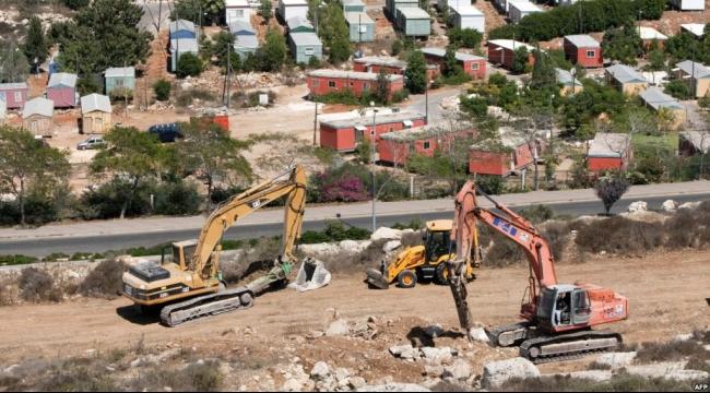 """مخلّفات جامعة مستوطنة """"أريئيل"""" الكيماوية تشكّل خطراً بيئيا على سلفيت"""
