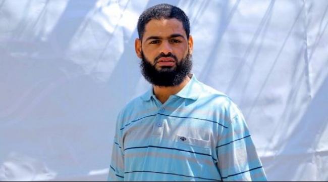 الاحتلال ينقل الأسير المُضرب محمد علان إلى العزل الانفرادي