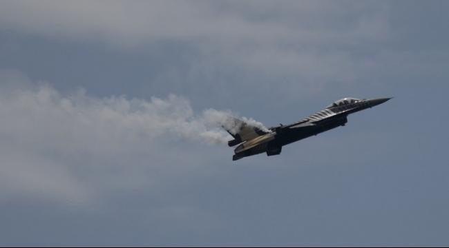 الشيخ زويد: طائرات إف-16 مصريّة تقصف المدينة