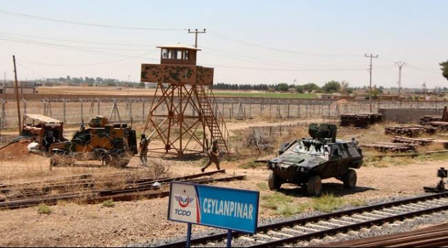 تركيا تنشر المزيد من قواتها على الحدود مع سورية