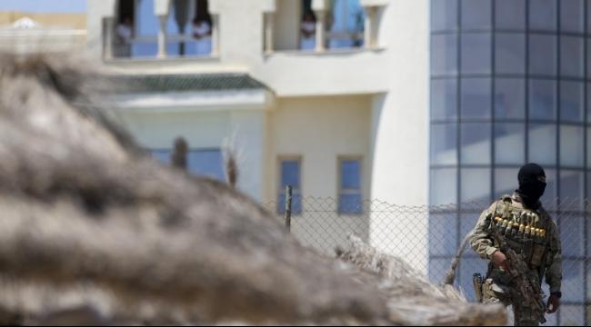 والدة منفّذ هجوم تونس: ابني ضحيّة أيضًا