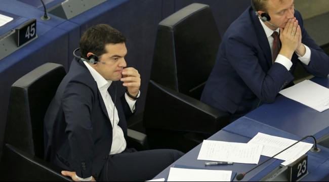 تسيبراس: اليونان كانت مختبرا للتقشف والأزمة عجز جماعي لليورو