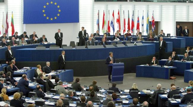 الاتحاد الأوروبي يوافق على الاتفاق النووي