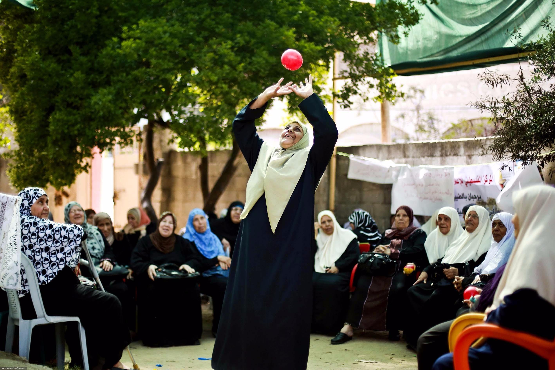 """""""بيت جدودنا"""" في غزة، كل مشيب بالشباب يَتشبثُ"""