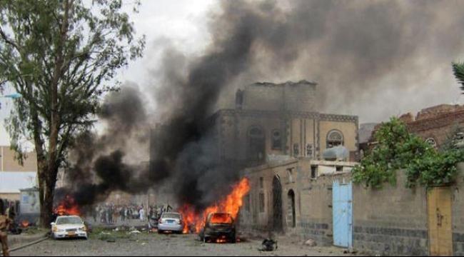 """""""داعش"""" يتبنى المسؤولية: 4 قتلى بانفجار قرب مسجد بصنعاء"""