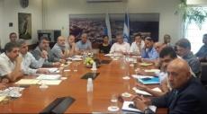 طاقم من المشتركة والمالية لزيادة الميزانيات للمجتمع العربي