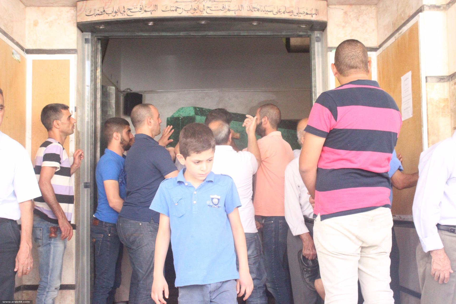 الناصرة: تشييع جثمان الفتاة روزالين أبو ربيع