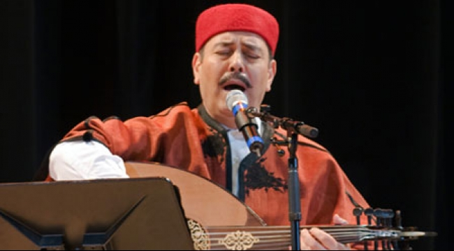 لطفي بوشناق يختتم مهرجان قرطاج الدولي