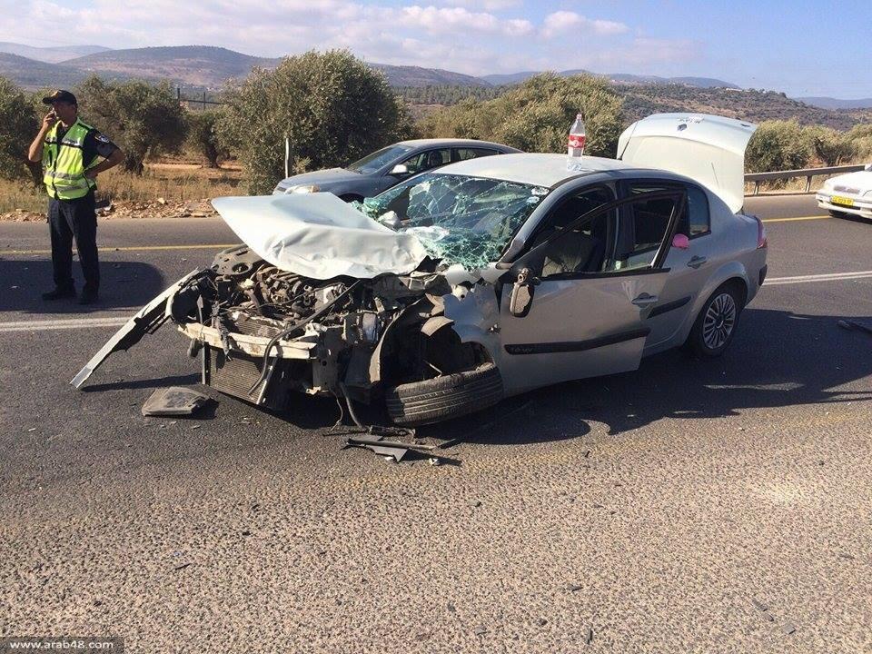 عرابة البطوف: إصابة خطيرة في  تصادم مركبة بحافلة