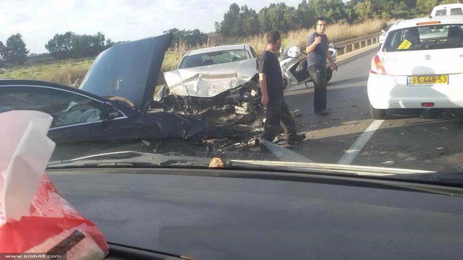 الطيرة: 6 إصابات في تصادم 3 مركبات