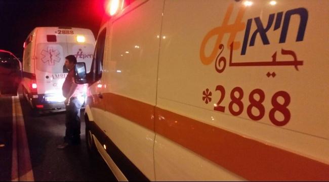 شعب: إصابة متوسطة في حادث طرق