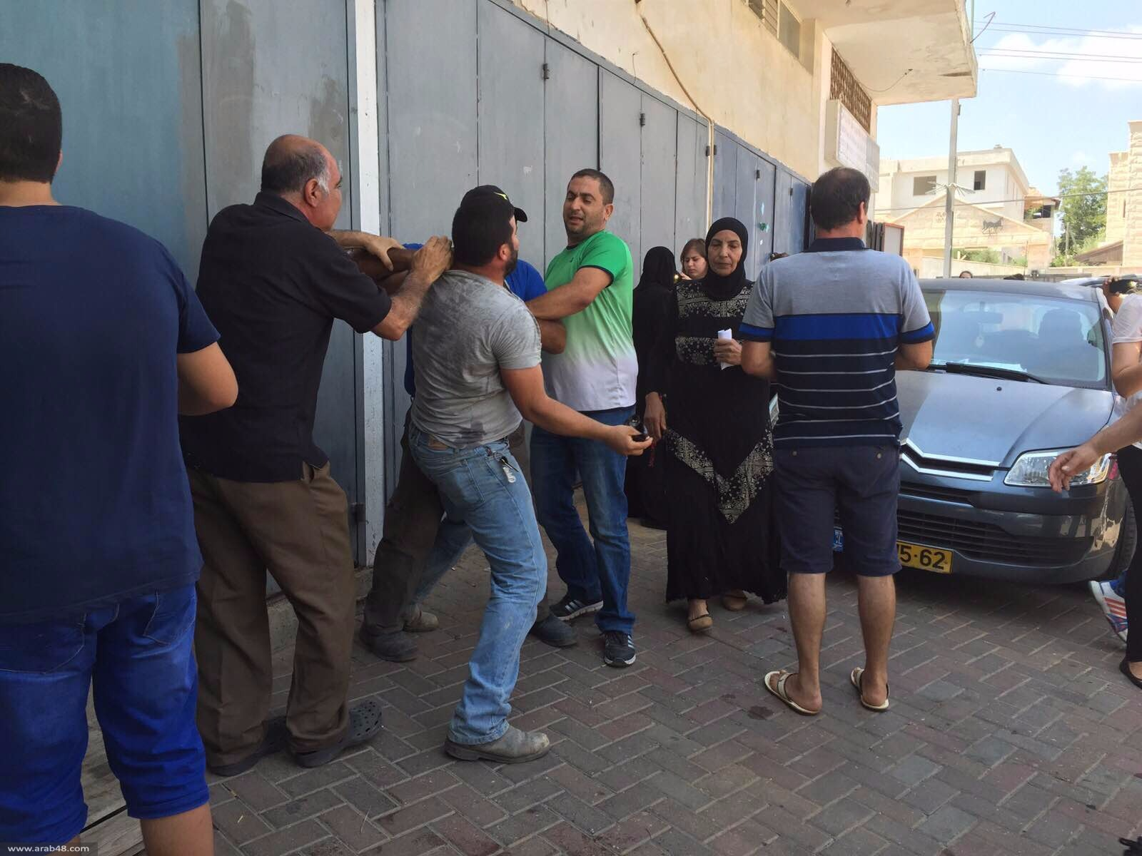 الطيرة: الشرطة تصيب 4 بجروح وتعتقل 3