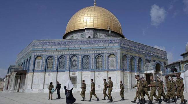 القدس: قيود على دخول الفلسطينيات للحرم المقدسي