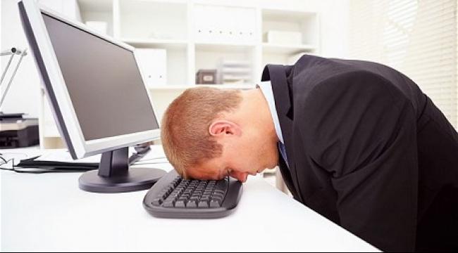 علاقة طردية بين عدد ساعات العمل والإصابة بسكتة دماغية