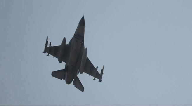 """تركيا تشن أولى غاراتها في إطار التحالف ضد """"داعش"""" بسوريا"""