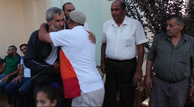 أم الفحم تحتضن ابنها الأسير المحرر خالد إغبارية
