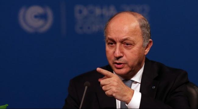 فيديو: وزير خارجية فرنسا كان مريضا أم ثملا؟