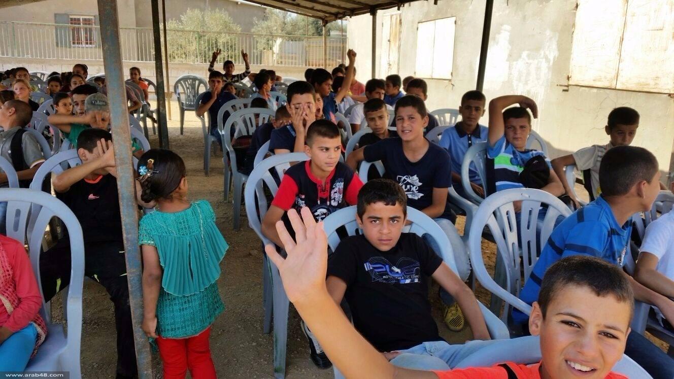 النقب: أهالي الزعرورة يقيمون مدرسة بديلة