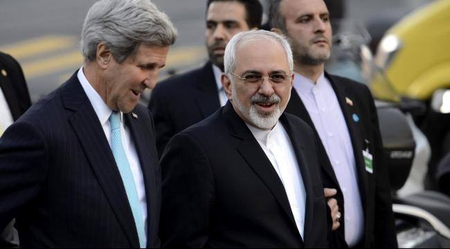 رغم المصالحة: إيران تعتقل موزعي ملابس عليها أعلام أميركية وبريطانية