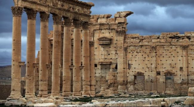 صور أقمار اصطناعية تظهر تدمير معبد رئيسي بتدمر