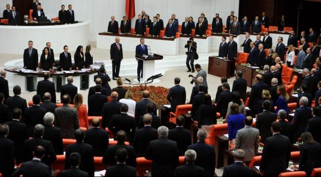تركيا: البرلمان يوافق على إرسال قوات لسورية والعراق لقتال داعش