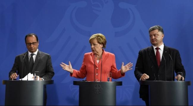 ميركل وأولاند وضعا خطة للتعامل مع أزمة اللاجئين في أوروبا