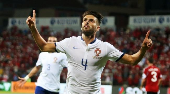 فيديو: البرتغال تباغت ألبانيا بهدف في الوقت القاتل